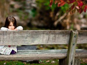 autumn-park-sitting-1349460-1024x768_TOP